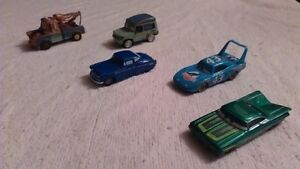 DISNEY / PIXAR THE CARS / LES BAGNOLES.