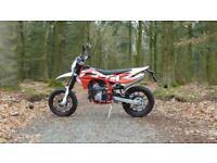 SWM SM 125 R Motorbike 125 cc Supermoto motorcycle (2020/70 plate)
