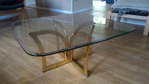 Glass Coffee Table Oakville / Halton Region Toronto (GTA) image 1