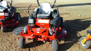 FERRIS IS 2100 ZERO TURN COMMERCIAL MOWER, SUSPENSION