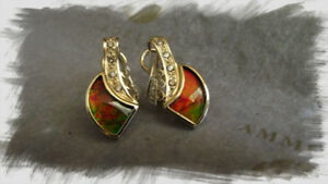 14 KT GOLD EARRINGS WITH 14 DIAMONDS & PRECIOUS AMMOLITE