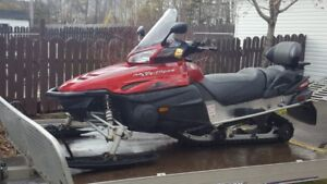 2005 Yamaha RS Venture 1000 and Triton Trailer