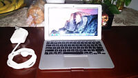 "MacBook Air 11"" (Early 2014) Core i5 , 4GB Memory"