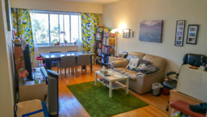 Lease assignment of bright spacious 3 1/2 in NDG! Amazing deal!