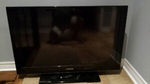 USED 42 INCH SAMSUNG TV, IN GOOD CONDITION
