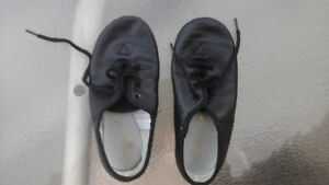 Kids leather jazz shoes size 12
