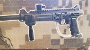 Tango one semi auto 68mm paint ball gun