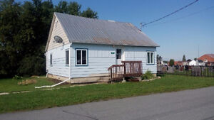 Cozy 2-bdr bungalow, 24 Church St. Moose Creek