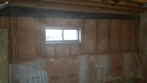R20 batt insulation and R12 foundation blanket insulation