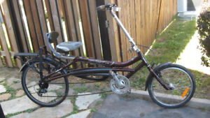 VELOS 4  ROUES--  MIELE--- ADULTE   3  ROUES    (  NEUF)