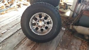 HUMMER RIMS AND TIRES 315 70/R17