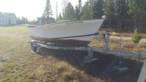 21 ft Yates boat for sale