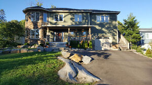 PARRY SOUND HOME WITH IN-LAW SUITE