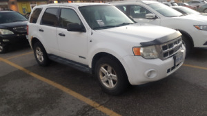 2008 Ford Escape AWD 265,000 km *MUST GO THIS WEEK*