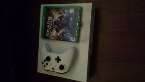 1Tb Xbox One S w/ Controller, Gears of War 4 and Dead Rising 4