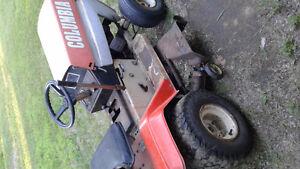 Tracteur gazon columbia