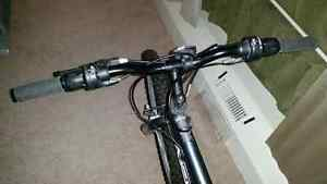 "24"" youth bike baught last summer hardly London Ontario image 7"