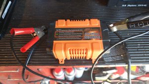 Motorcycle battery maintainer