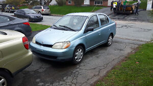 2000-2001 Toyota Echo Sedan