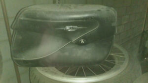SADDLE BAGS AND BACK REST  FOR SUZUKI BOULEVARD