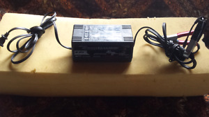 6 / 12 volt auto /motorcycle battery charger