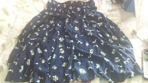 knee length skirt (small)
