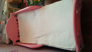 Girl toddler bed and bedding