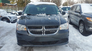 2011 Dodge Grand Caravan SXT Minivan! FINANCING AVAILABLE!