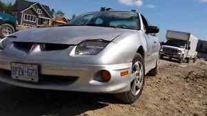 2002 Sunfire for SALE NEED GONE 500 OBO.
