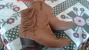 Women's Western Ankle Boots Size 9