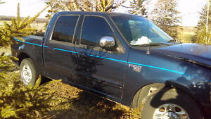 2002 Ford F-150 Xlt Pickup Truck part out
