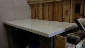 $200 White Quartz Desk top, Tv Stand top London Ontario image 2