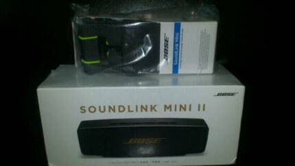 Brand New Bose Soundlink Mini II Rose Gold (Travel Case included)
