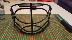 Bauer NME Cat Eye Cage. ~ Brand New