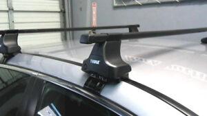 Thule roof racks for Toyota Matrix (LIKE NEW)
