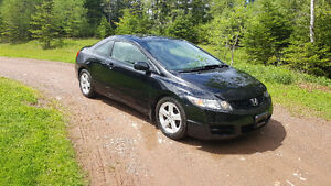2010 Honda Civic LS-SR Coupe (2 door)-!!!46000 KMS!!!!!