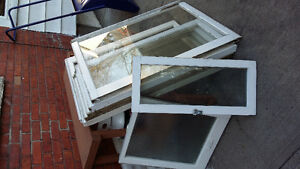 Old window sashs for crafts London Ontario image 1