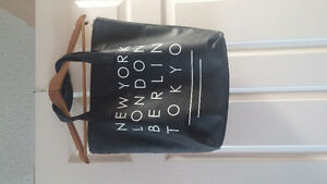 Cities tote