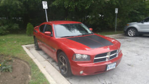 WELL MAINTAINED 2010 DODGE CHARGER SXT