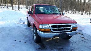 2000 Ford Ranger Pickup Truck