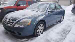 2002 Nissan Altima 2.5S very low kms