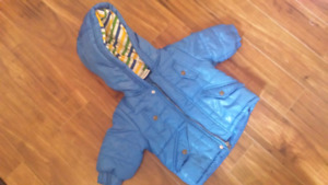 Baby's items  6-12 months