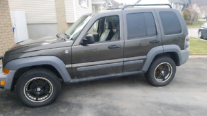2005 jeep liberty 4x4 v6 automatic used