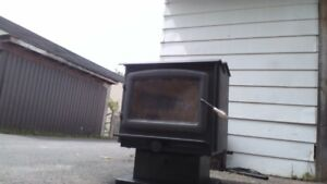 Wood stove for sale - ULC approval label