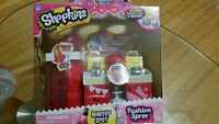 Brand new SHopkins MAKEUP SPOT playset - SEALED!!