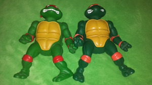 For sale, 14'ninja turtles, plus lot of small sizes.
