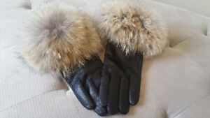 Black Leather Gloves with Genuine Coyote Fur Trim