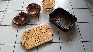 Wooden carver/ roasting pan and straw baskets