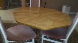 FREE!!! Kitchen Table & 3 chairs
