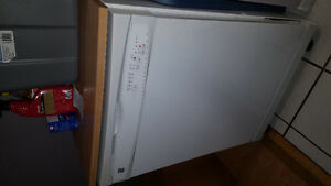 Kenmore dishwasher like new